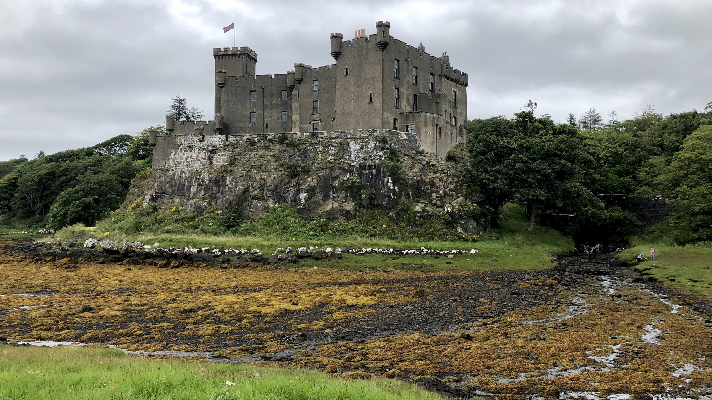 Rückansicht Dunvegan Castle